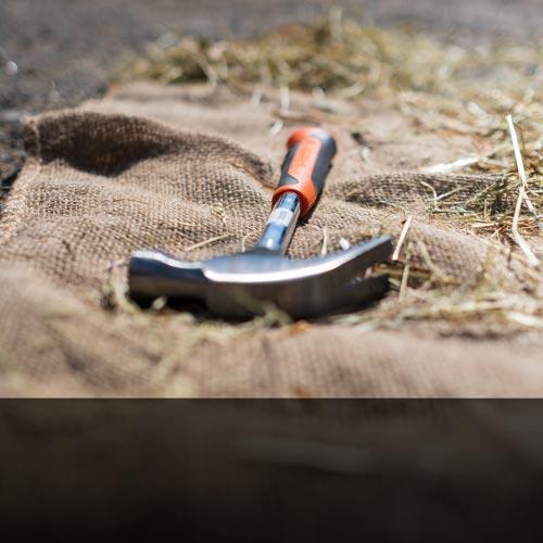 Hammer-på-gården